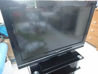 "Sony 32"" Full HD TV & Stand (model KDL-32V5500)"