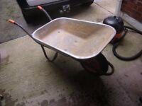wheelbarrow B&Q
