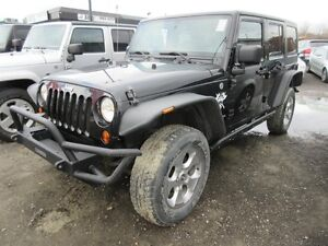2011 Jeep Wrangler Unlimited Unlimited Sahara 4x4, Push Bar, LOO