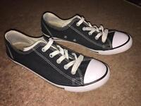 Converse All Star size 5