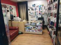 RUNNING MOBILE PHONE SHOP IS FOR SALE INBETWEEN LUTON TOWN AND TRAIN STATION £6500