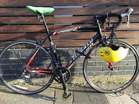 Specialized Allez (2015) Men's Road Bike Bundle