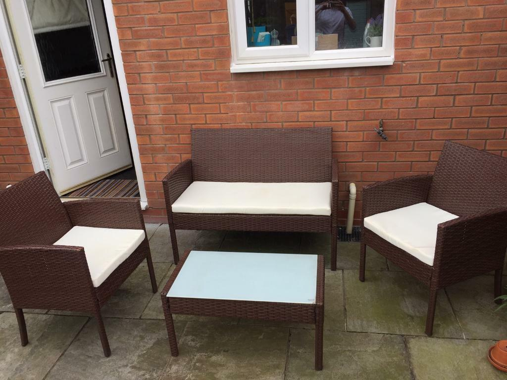 Outdoor gardenconservatory rattan furniture setin Ruddington, NottinghamshireGumtree - Outdoor garden / conservatory rattan furniture Collection ruddington Very good condition selling as moving in with boyfriend Cost me 269