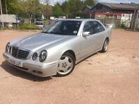 2000 Mercedes Benz E240 Automatic mot until Feb 19 superb driving saloon