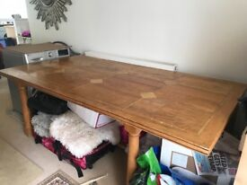 Baker and stone mango and stone Dining table and 6 chiars