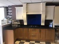 Ex display kitchen including w/t (quartz) and gad hob