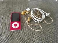 IPOD NANO 8GB. 5th GEN. WITH HEADPHONES & USB CABLE.