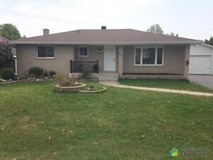 $282,900 - Bungalow for sale in Cornwall