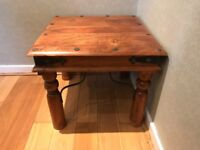 Gorgeous Wood Coffee Table, Excellent Condition