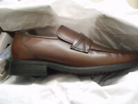 Clarks Mens Leather Slip on Shoes Size 8 (42) Extra Wide BROWN - Brand New