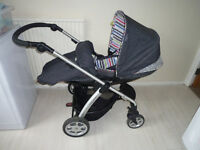 Mamas and Papas sola travel system with ISOFIX base