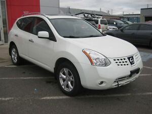 2010 Nissan Rogue SL   Wide Appeal!
