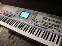 Yamaha PSR 9000-PRO keyboard workstation is a grown-up arranger-style keyboard.