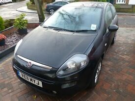 FIAT PUNTO EVO MYLIFE (2011) 3DR-1.2L PETROL. EXEMPLORY CONDITION-ONLY 15300 MILES.