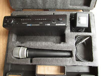 Samson Stage 5 VHF Microphone system in hard case