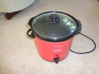 Giles and Posner Slow Cooker