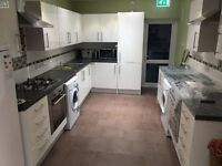 SHMP PROPERTY & LETTING SERVICES OFFERED VERY NICE DOUBLE ROOM NEAR LEYTON UNDERGROUND STATION E10