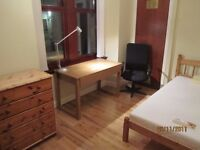 **LOVELY CLEAN DOUBLE ROOM FOR RENT IN WEST END FLAT**