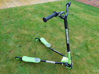 Sporter Scooter - Green and Black, for age 8 years plus.