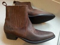Wrangler Mens size 9 boots