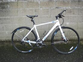 Boardman Hybrid Comp bicycle,white,excellent condition.