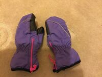 Purple thinsulate children's snow mittens waterproof age 6-8 years