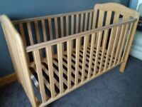 Mamas and Papas Eloise Cot Bed (Solid wood)