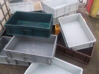 PLASTIC INTERLOCKING STORAGE CRATES IDEAL FOR GARAGE TOOLS OR PARTS £3 EACH