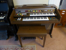 Yamaha Electone C-55 Organ. With stool
