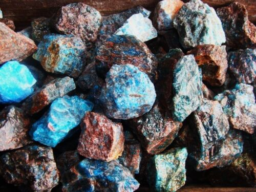 3000 Carat Lots of Unsearched Natural Apatite Rough - Plus a FREE Faceted Gem