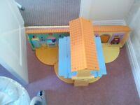 Dora The Explorer - Play house