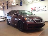2010 Honda Odyssey SE *Local Vehicle, No Accidents!*