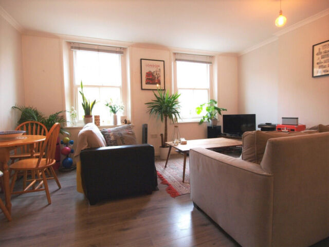 A Beautiful Large Super Bright One Bedroom Flat With An Open Plan Kitchen Living Room In Angel In Islington London Gumtree Awesome Two Bedroom Flat In London Model Plans