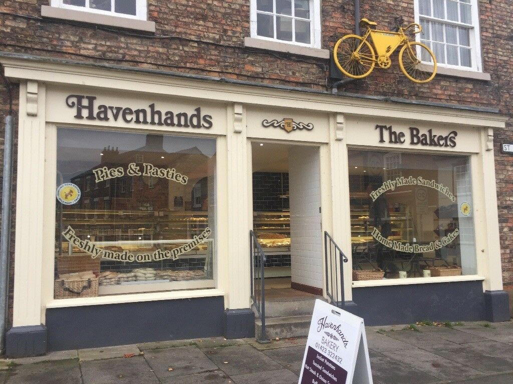 Full time bakery assistant