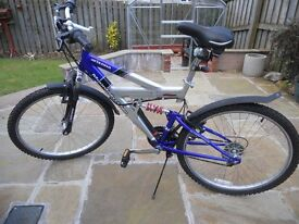 Arizona Mountain Ridge Mountain Bike Excellent Condition Teen/Adult Unisex