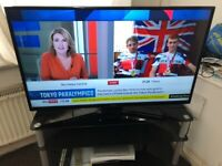 43in Panasonic Viera Led Lcd Tv Full HD 1080p USB HDMI With Remote Base