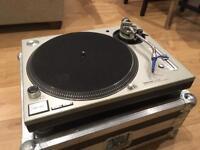 Technics Sl-1200 (1210) mk5 x 2