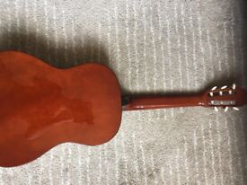 Guitar top of the range instrument with amazing tone and easy to play
