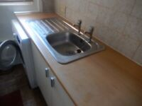 Woolston Studio for single occupancy. Own kitchen and shower room. Includes Water .