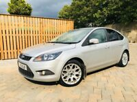 FORD FOCUS 1.6 ZETEC 2010 LOW MILEAGE MOT 1 YEAR FULL SERVICE HISTORY MINT CONDITION