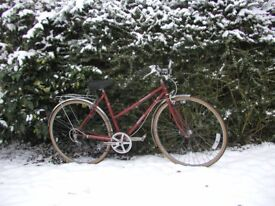 dawes gazelle,ladies vintage bike,27 in alloys,new tyres,reynolds 531,gorgeous classic