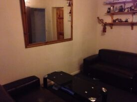 Large beautiful double room ALL BILLS +INTERNET FREE