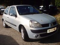 Renault clio Dynamique 1150 cc , 2004-04-plate, 103,000 miles, new MOT upon purchase