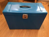 A4 Metal File Box Storage - Inc. 5 A4 Suspension Files, Tabs & Inserts (Blue)