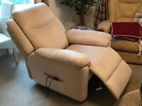 Fully motorised reclining and lifting armchair
