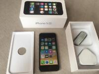 IPhone 5s - 16gb - factory unlocked - boxed - new charger