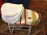 Mamas and Papas Moses Basket / Bassinet