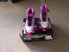 Wilson SF2 roller boots size 5