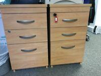 3-Drawer Desk-High Pedestal in Beech