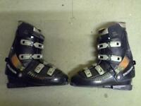 Salomon Evolution Ski boots size 11 including carry bag